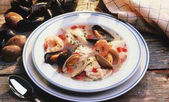 Китайский простой и полезный суп из морепродуктов