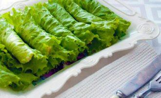 Салатные палочки c творожной начинкой